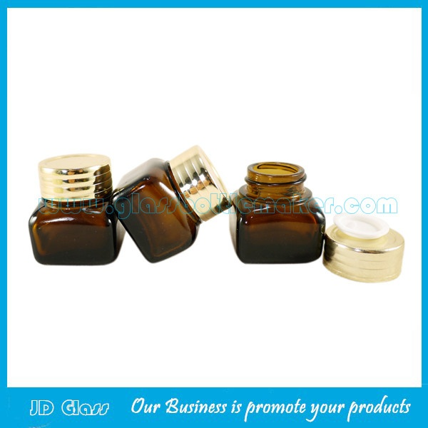 15g Amber Glass Cosmetic Jar With Gold Lid